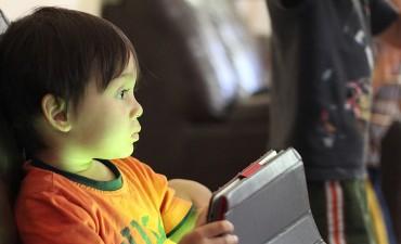 çocuklar-internet-kullanımı