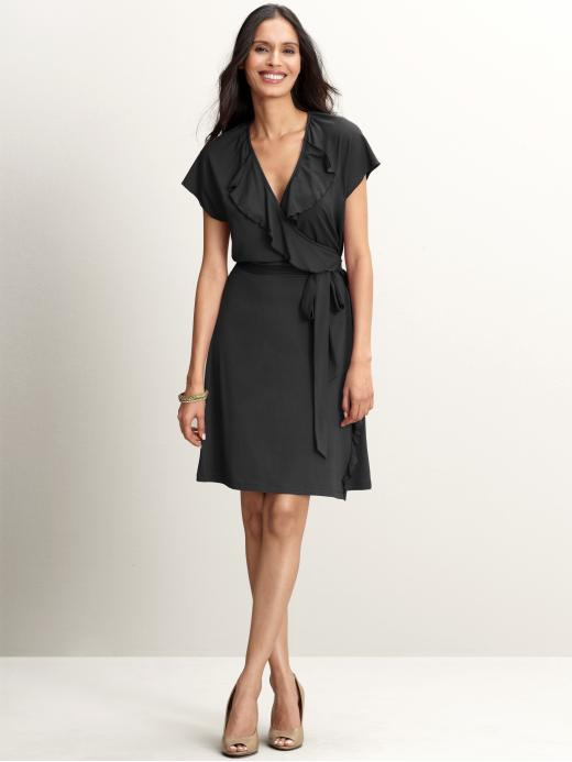 siyah kemerli elbise