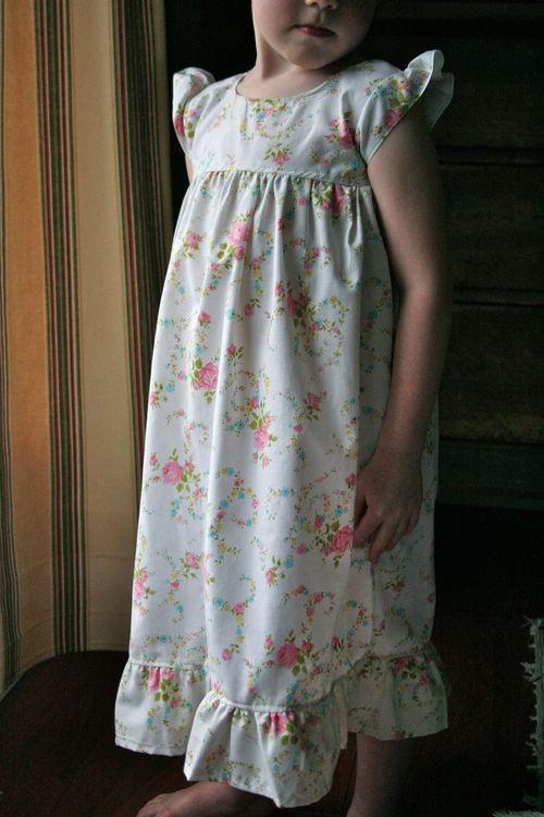 yastık kılıfından elbise