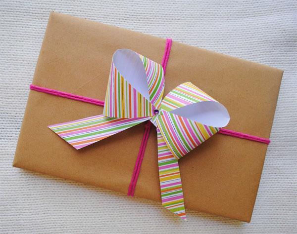 kağıt kurdele paket
