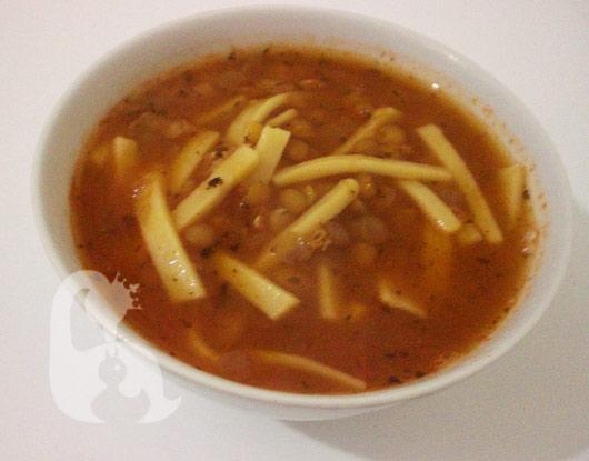 erişteli-mercimek-çorbası