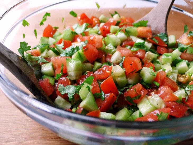 domates soğan salata