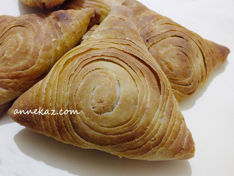 ozbek-samsa-börek