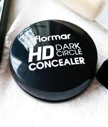 DARK CIRCLE HD CONCEALER