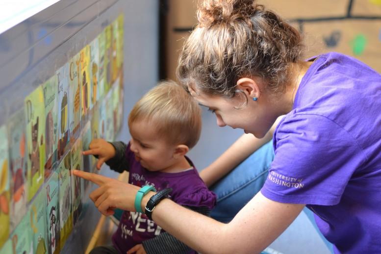 Bebeklere İngilizce nasıl öğretilir?