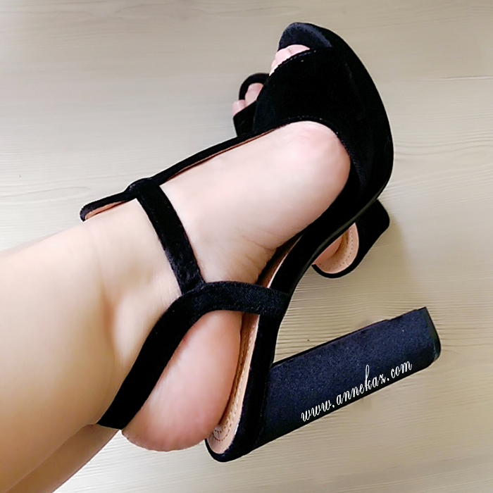 siyah bant ayakkabi